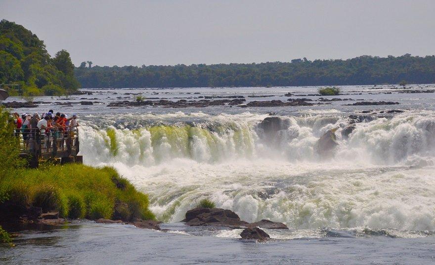 Argentinien Iguazu Wasserfälle Teufelsrachen