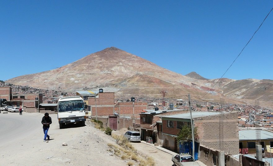 Bolivien Potosi Stadtbild Cerro Rico