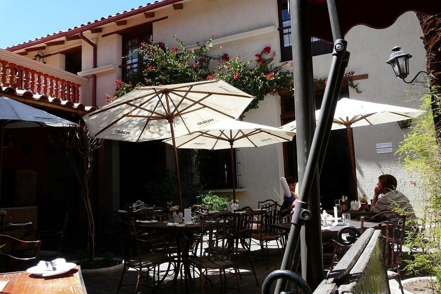 Bolivien Sucre Restaurant Innenhof