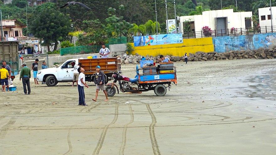 Ecuador Ruta del Sol Pazifikküste Puerto Lopez