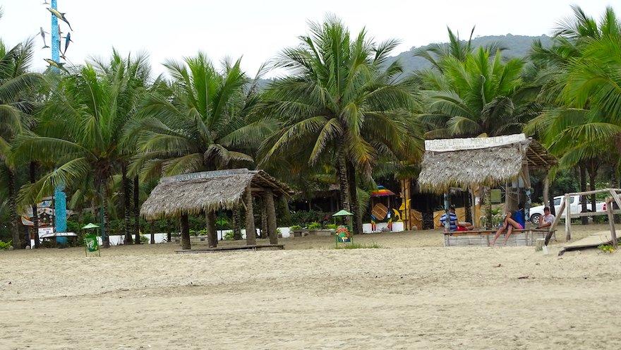 Ecuador Ruta del Sol Pazifikküste Puerto Lopez Strand