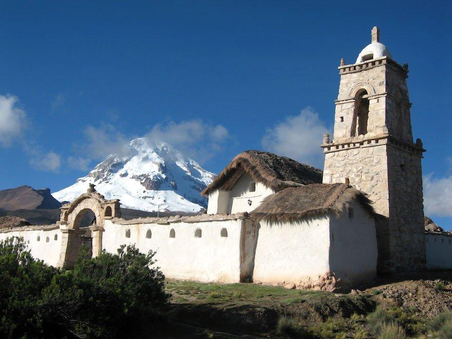 Bolivien Sajama Nationalpark Altiplano Kirche