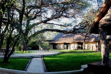 Camelthorn Lodge